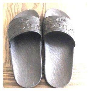 Gucci Rubber Slide Sandal Black Size 35